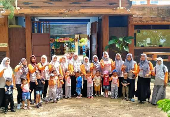 Kegiatan Field Trip KB Miftakhul Huda Desa Jati tanggal 11 Maret 2020 di Batang Dolphins Center